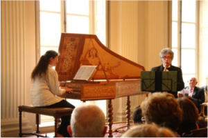 Un concert dans le grand salon